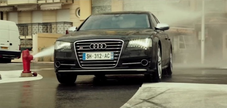 the-new-transporter-refueled-trailer-looks-like-an-audi-s8-commercial-video-93567-7