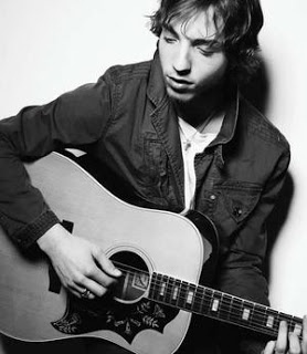 james_morrison_narrowweb__300x3450