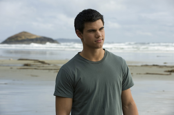 The Twilight Saga New Moon movie image Taylor Lautner
