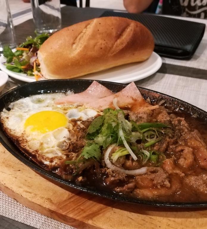 Food Review Saigon Memoir Bandar Puteri Puchong Eris Goes To